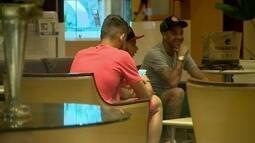 Familiares visitam jogadores do Flamengo na concentração