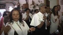 Devotos comemoram o dia de Nossa Senhora do Rosário dos Pretos, em Salvador
