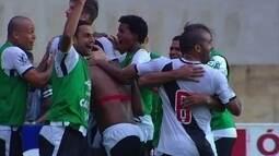 Vasco enfrenta o Avaí na busca pela ponta da tabela da série B