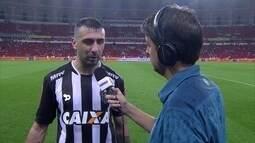"""""""O Atlético-MG é um time de ataque"""" diz autor do segundo gol do galo, Lucas Pratto"""