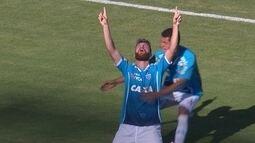 O gol de Londrina 0 x 1 Avaí pela 37ª rodada da série B do Brasileirão