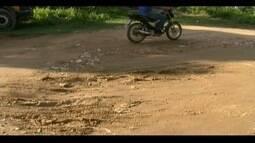 'Calendários': Moradores do Bairro Santa Rita denunciam falta de calçamento em Valadares