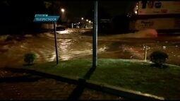 Chuva forte provoca alagamentos e assusta moradores de Samambaia