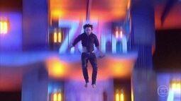 Marco Luque salta da plataforma de 10m