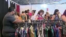 Bazar no Centro de Convenções é oportunidade para comprar presentes de fim de ano