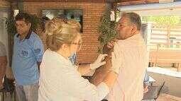 Jaboticabal faz mutirão para vacinar moradores da zona rural contra a febre amarela