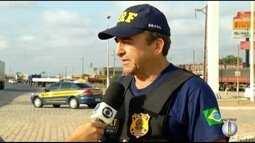 Polícia Rodoviária Federal realiza ação para cuidar da saúde dos motoristas