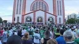 Missa relembra os 7 dias da tragédia com avião da Chapecoense e homenageia vítimas