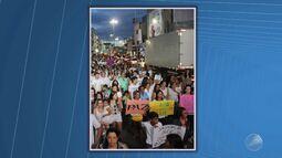 Familiares e amigos de Guilherme Carneiro fazem protesto em Coité, no interior