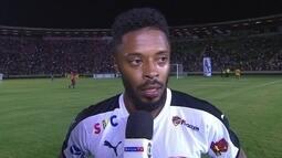 """Michel Bastos fala sobre futuro no futebol: """"Melhor ver outros ares"""""""