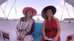 Virginia Cavendish faz passeio de catamarã em Recife