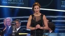 Carli Lloyd é eleita a melhora jogadora do mundo