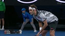 Roger Federer volta às quadra com vitória, após seis meses, e se diz satisfeito