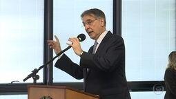Pimentel diz que mineração precisa enfrentar 'tsunami de críticas' após desastre