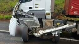 Motorista morre em acidente entre caminhão e caminhonete em Iacanga