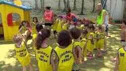 Crianças aproveitam colônias de férias antes de volta às aulas em Juiz de Fora
