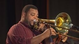 Reprise: Trabalho de Leonardo Brasilino tem trombone como protagonista