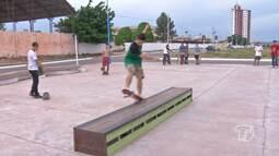 Em Santarém, espaços públicos são procurados para a pratica de esportes