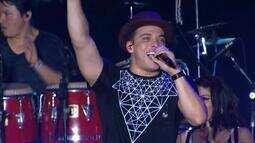 Wesley Safadão coloca o público pra cantar ao som de 'Aquele 1%' e 'Vou dar Virote'