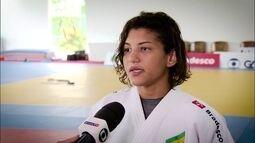Sarah Menezes muda de categoria e esquenta disputa por vaga na seleção de judô