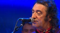 João Chagas Leite canta no 'Galpão Crioulo' (bloco 3)