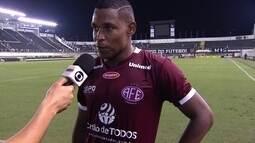 """""""Conseguimos segurar"""", diz Alan Mineiro após vitória da Ferroviária sobre o Santos"""