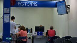 Agências da Caixa Econômica abriram no sábado para tirar dúvidas sobre o FGTS