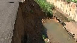 Chuva causa estragos em avenidas de Araçatuba
