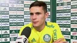 Raphael Veiga deve ser titular no Palmeiras em clássico paulista