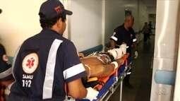 Feridos durante tiroteio em presídio são levados para o Hugo, em Goiânia