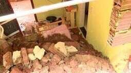 Pai e filho são soterrados após deslizamento em Colatina, no ES