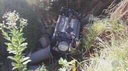 Carro cai em córrego em Sumaré na tarde de quinta-feira