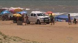 Polícia vai intensificar fiscalização de quem vai de carro até beira da praia no ES