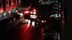 Carro é guinchado pelo Detran após alarme tocar por 2 h na madrugada