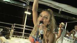 Claudia Leitte desfila pela primeira vez sem cordas no Carnaval de Salvador