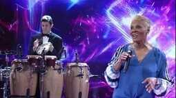 Dionne Warwick canta 'Garota de Ipanema'