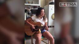 """Luka e Ronaldinho Gaúcho fazem parceria musical e lançam a canção """"Eu, a mulher e as amant"""