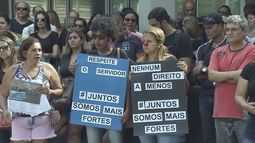 Servidores públicos protestam em Cubatão