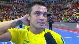 Falcão faz o último jogo oficial pela seleção brasileira e diz que passou da validade