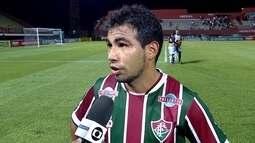 """""""Me sinto muito bem"""", afirma Sornoza após atuar pelo Fluminense na vitória sobre o Macaé"""
