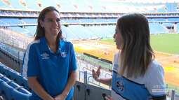 Azul, Preto e Branco - Entrevista com Karina Balestra, destaque do time feminino