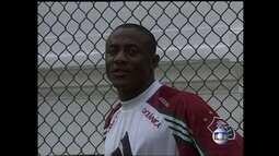 O liberiano, Josephus Yenay, foi reforço do Fluminense em 1998