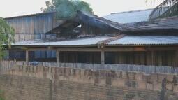 Incêndio destroi casa de madeira em Ariquemes