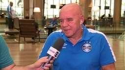 Valdir Espinosa fala sobre preparação do Grêmio para jogo contra o Guaraní do Paraguai