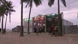Arena montada no Gonzaga, em Santos, é opção para moradores e turistas