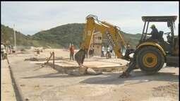 Quiosqueiros da Prainha em Arraial, RJ, vão voltar a trabalhar no local