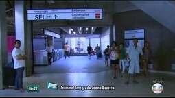 Metrô do Recife funciona em esquema especial durante paralisação