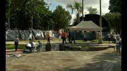 Integrantes de movimentos sociais acampam em Belém