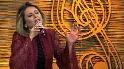 Márcia Freitas mostra seu talento no quadro 'Na Janela do Galpão'