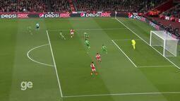 Top 10 Golaços na Liga dos Campeões da Uefa: Alexis Sánchez (Arsenal)